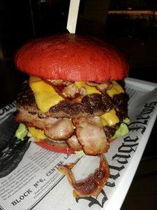 """""""Big Burgermasta"""" - unser favourite Burger mit 2x 180g Rindfleisch und Speck"""