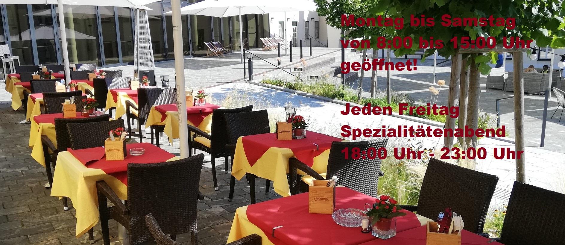 Terrasse-Restaurant-buchbar-BrunnamGebirge-schmal